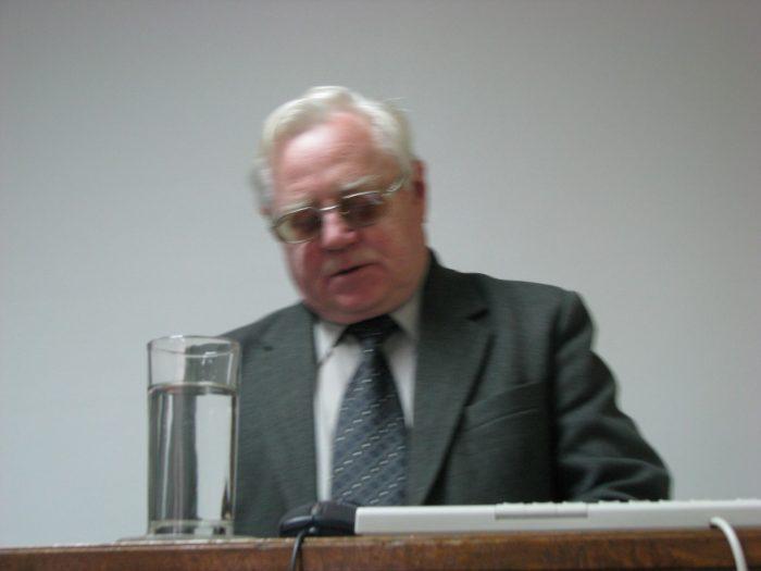 Владимир Павлович Гутков (22. мај 1934 – 5. август 2020.    године)